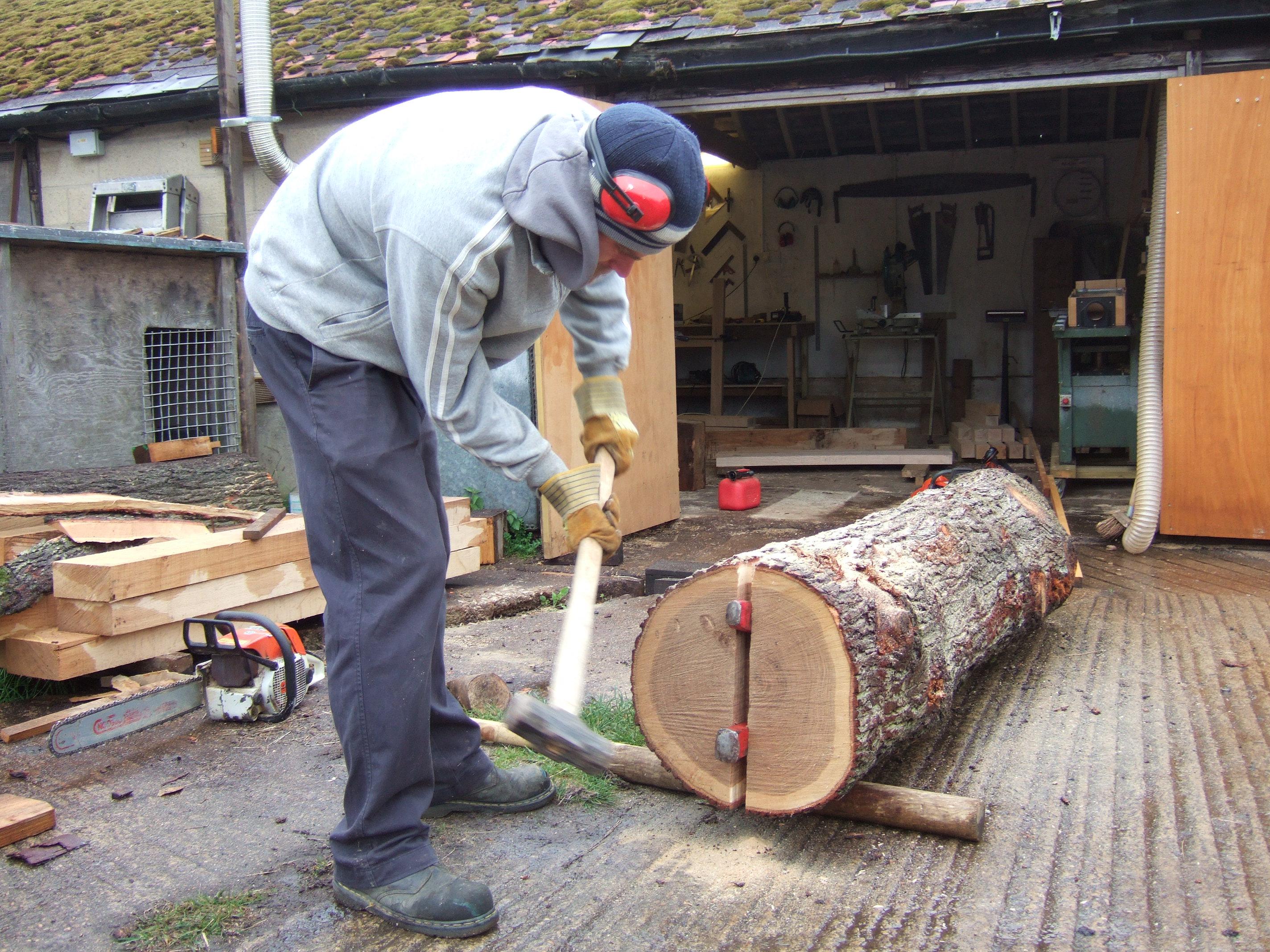 splitting oak logs oxford oak blog. Black Bedroom Furniture Sets. Home Design Ideas